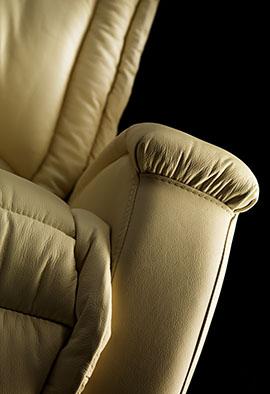 Poltrone Relax Produzione.Rc Srl Produzione Poltrone Relax E Lift Massaggianti E