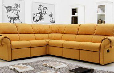 divani personalizzabili con meccanismo relax